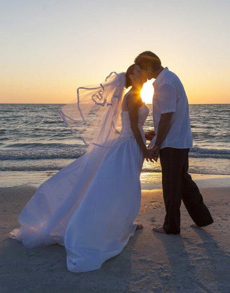 bridal couple beach