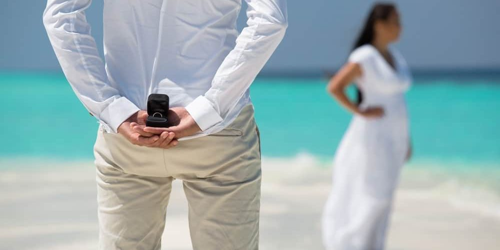 Are you thinking of proposing on your romantic Fiji holiday?